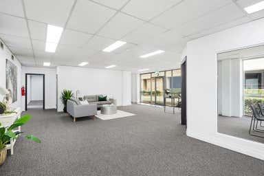 Unit  C, 2 Hudson Avenue Castle Hill NSW 2154 - Image 2