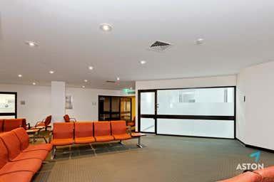 1.01/517 St Kilda Road Melbourne VIC 3004 - Image 3