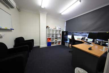 Unit 4, 97 Spence Street Cairns City QLD 4870 - Image 3