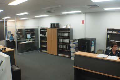 Unit 3, 4 Bounty Close Tuggerah NSW 2259 - Image 4