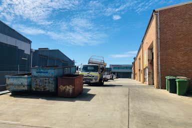 Unit 2, 71 Howe Street Osborne Park WA 6017 - Image 4