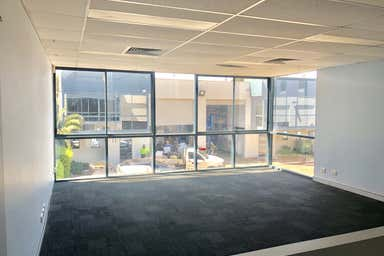 Unit 4, 12 Anderson Street Banksmeadow NSW 2019 - Image 3