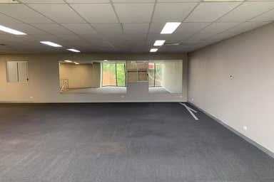 4 - 2 Phillip Court Port Melbourne VIC 3207 - Image 4