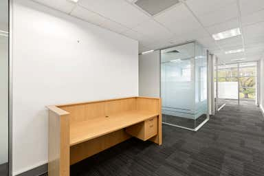 Suite 305, 7 Jeffcott Street West Melbourne VIC 3003 - Image 4