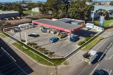 Caltex - 358 Thompson Road (Cnr Of Naughton Avenue) North Geelong VIC 3215 - Image 4