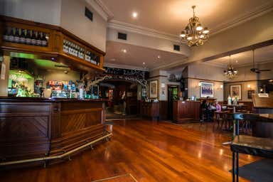 Customs House Hotel, 159-163 Nelson Place Williamstown VIC 3016 - Image 4