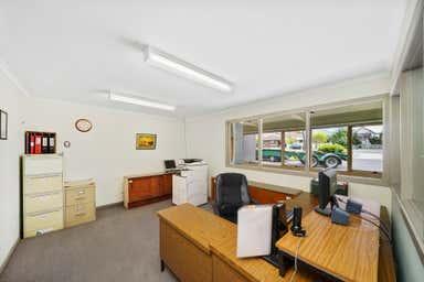 Unit 2, 157 Hyde Street Yarraville VIC 3013 - Image 4