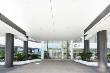 Cairns Corporate Tower, 15 Lake St Cairns City QLD 4870 - Image 4