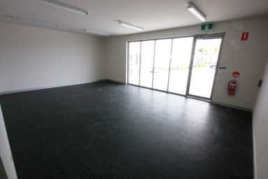 1/5 Brendan Drive Nerang QLD 4211 - Image 3