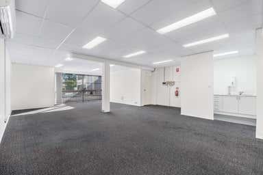 4/27 Birubi Street Coorparoo QLD 4151 - Image 3