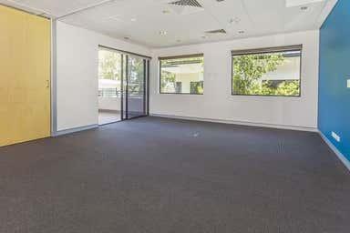 2/107 Miles Platting Road Eight Mile Plains QLD 4113 - Image 4