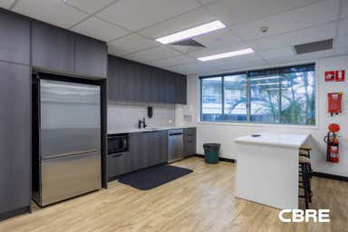 1/18 Sydney Road Manly NSW 2095 - Image 4