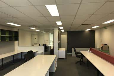 1-8 Rocklea Dr Port Melbourne VIC 3207 - Image 4