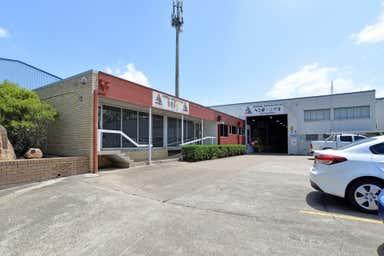 12 Counihan Road Seventeen Mile Rocks QLD 4073 - Image 4