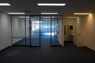 D'Albora Marinas Pier 35, 263-329 Lorimer Street Port Melbourne VIC 3207 - Image 4