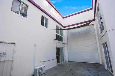 Unit 2, 47 Taree Street Burleigh Heads QLD 4220 - Image 3