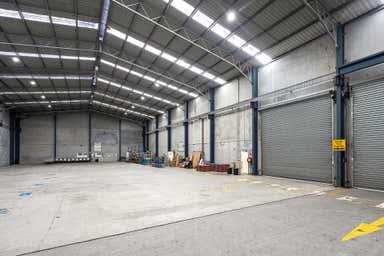 2/244 Nolan Street Unanderra NSW 2526 - Image 3