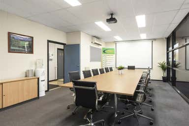 5/21 Howleys Road Notting Hill VIC 3168 - Image 3