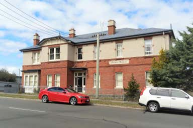 Como House, 33 Moriarty Road Latrobe TAS 7307 - Image 3