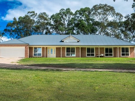 12 Sutton Grove, Branxton