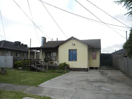 21 Hughes Crescent, Dandenong North