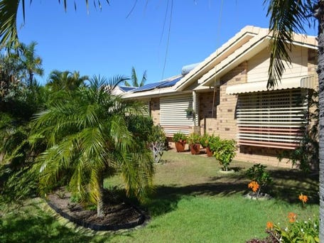 arrange small bedroom 27 acacia park qld 4670 house for 10093