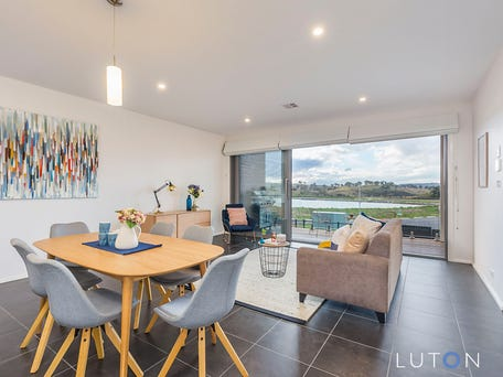 25 Stan Davey Rise, Coombs