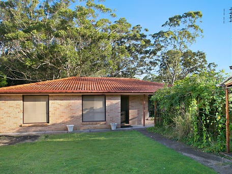 8 Taylor Road, Taylors Beach
