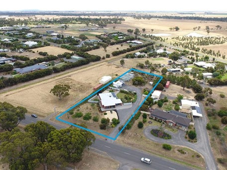 220 golf course road horsham vic 3400 house for sale - Horsham swimming pool opening times ...