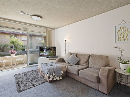 1/68 Pacific Parade, Dee Why