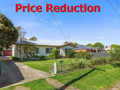 61 beauchamp street kyneton vic 3444 house for sale for Garage beauchamp 95