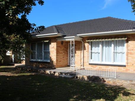 119 Corunna Avenue, Melrose Park