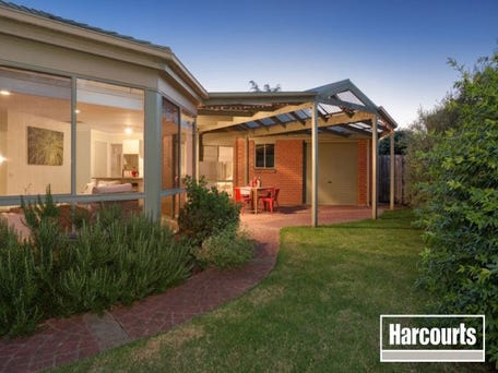 15 Warranqite Crescent, Hastings