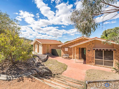 23 Weavers Crescent, Theodore