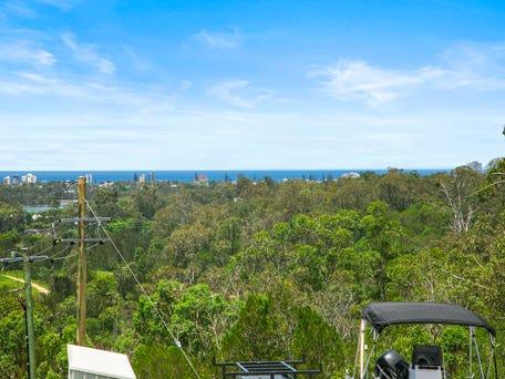 Villa 2 40 sky royal terrace burleigh heads qld 4220 for 111 skyline terrace burleigh heads