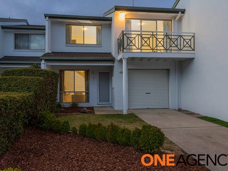 4/83 Mortimer Lewis Drive, Greenway