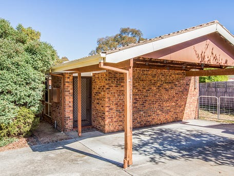 6/8 Patton Place, Banks