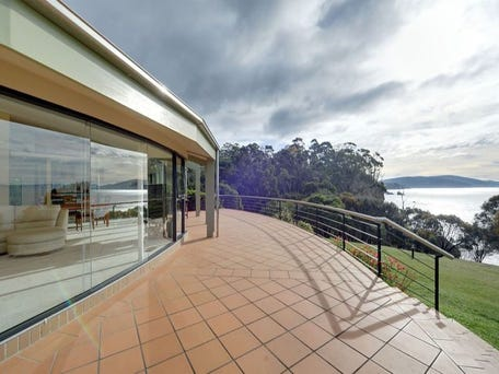 40 Fossil Cove Drive, Tinderbox