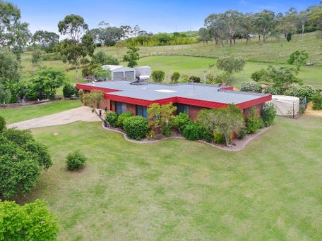 8 Troys Road, Torrington