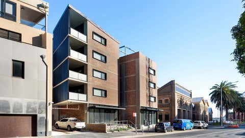 Rent solar panels at Suites 1 & 2, 4 Merewether Street Newcastle, NSW 2300