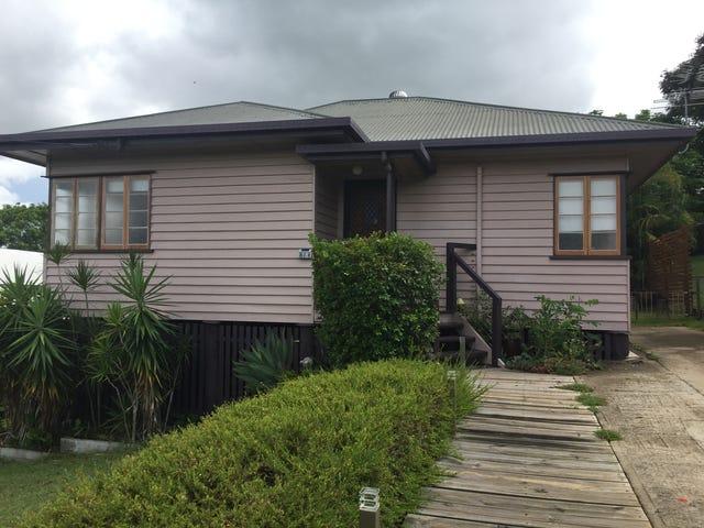 18 Bowen Terrace, The Range, Qld 4700