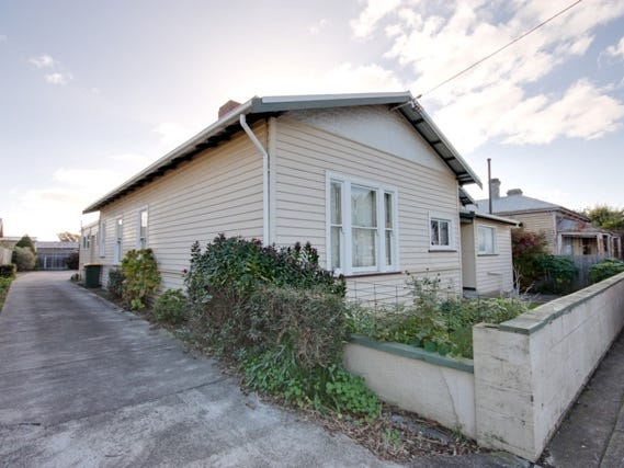 1/32 Hiller Street, Devonport, Tas 7310