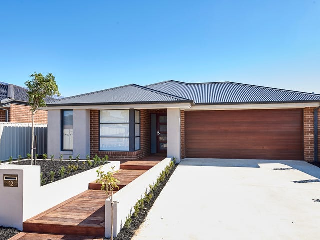 12 Fossickers Place, White Hills, Vic 3550