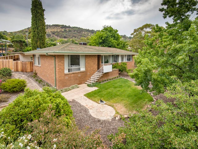 2 Mccay Place, Pearce, ACT 2607
