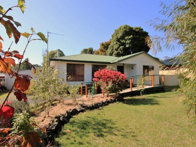 27 Baromi Road, Mirboo North, Vic 3871