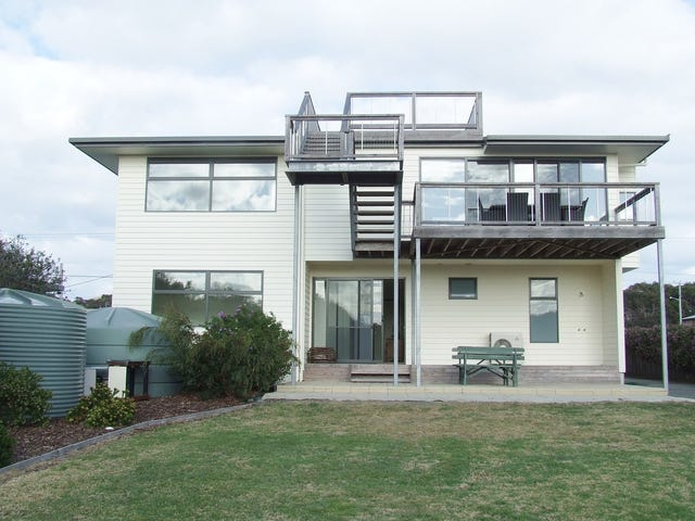 96 Tasman Highway, Beaumaris, Tas 7215