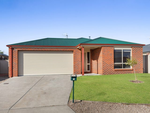 19 Eric Court, Kilmore, Vic 3764