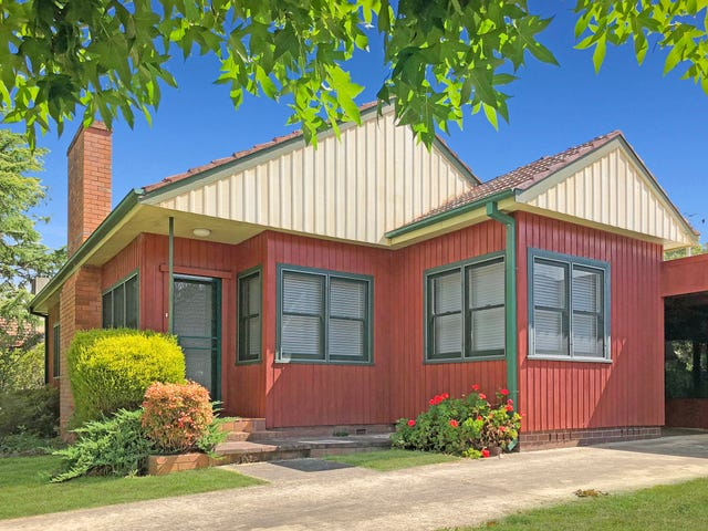 15 Gordon Road, Bowral, NSW 2576