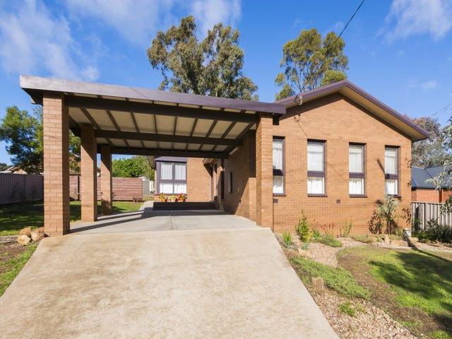 30 Friswell Avenue, Flora Hill, Vic 3550