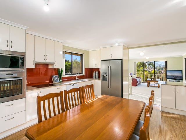 18 Ashley Avenue, Farmborough Heights, NSW 2526